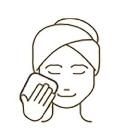 化粧水・乳液で普段通りのスキンケアを行う